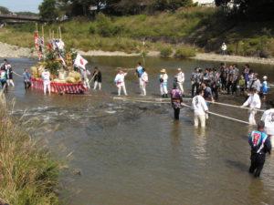 V Ise jsme byli téměř účastníky slavnosti obětování nově sklizené rýže bohyni Amaterasu.