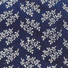 Vzorek haluzky je velice podobný japonskému vzorku Šinobu-gusa